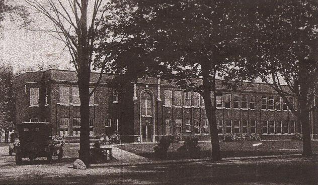 1920s Huss School